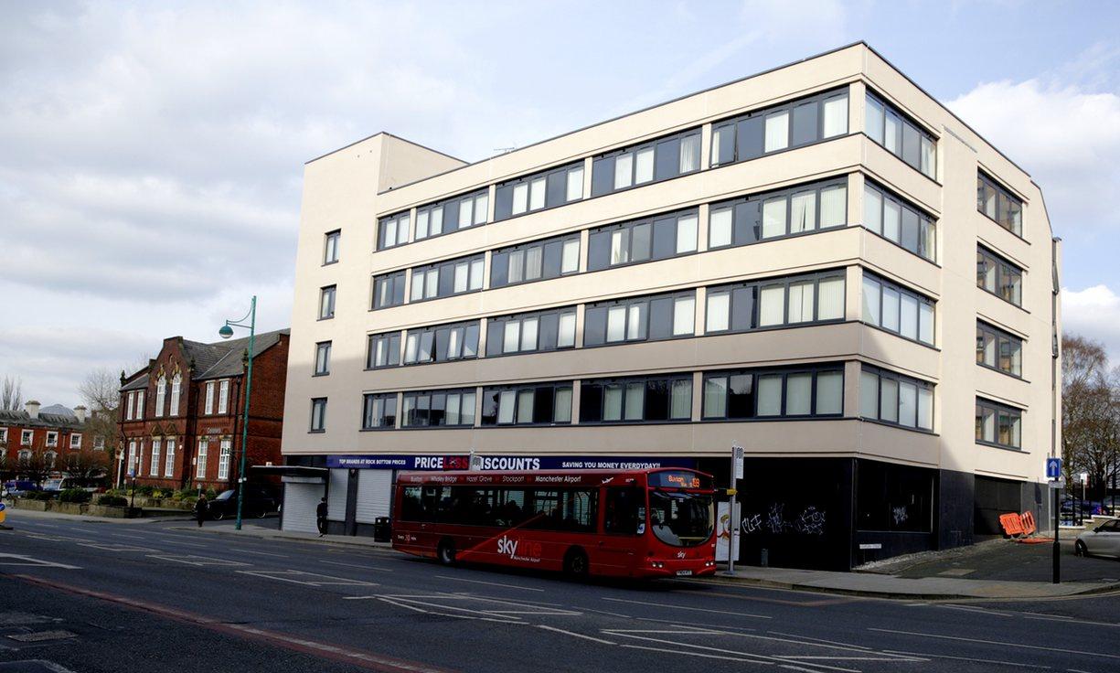 Tres pisos en Stockport, Manchester (comprados por 225.000 libras). The Guardian