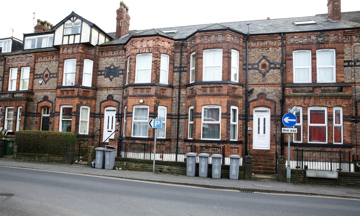 10 pisos en Machester (comprados por 650.000 libras). The Guardian