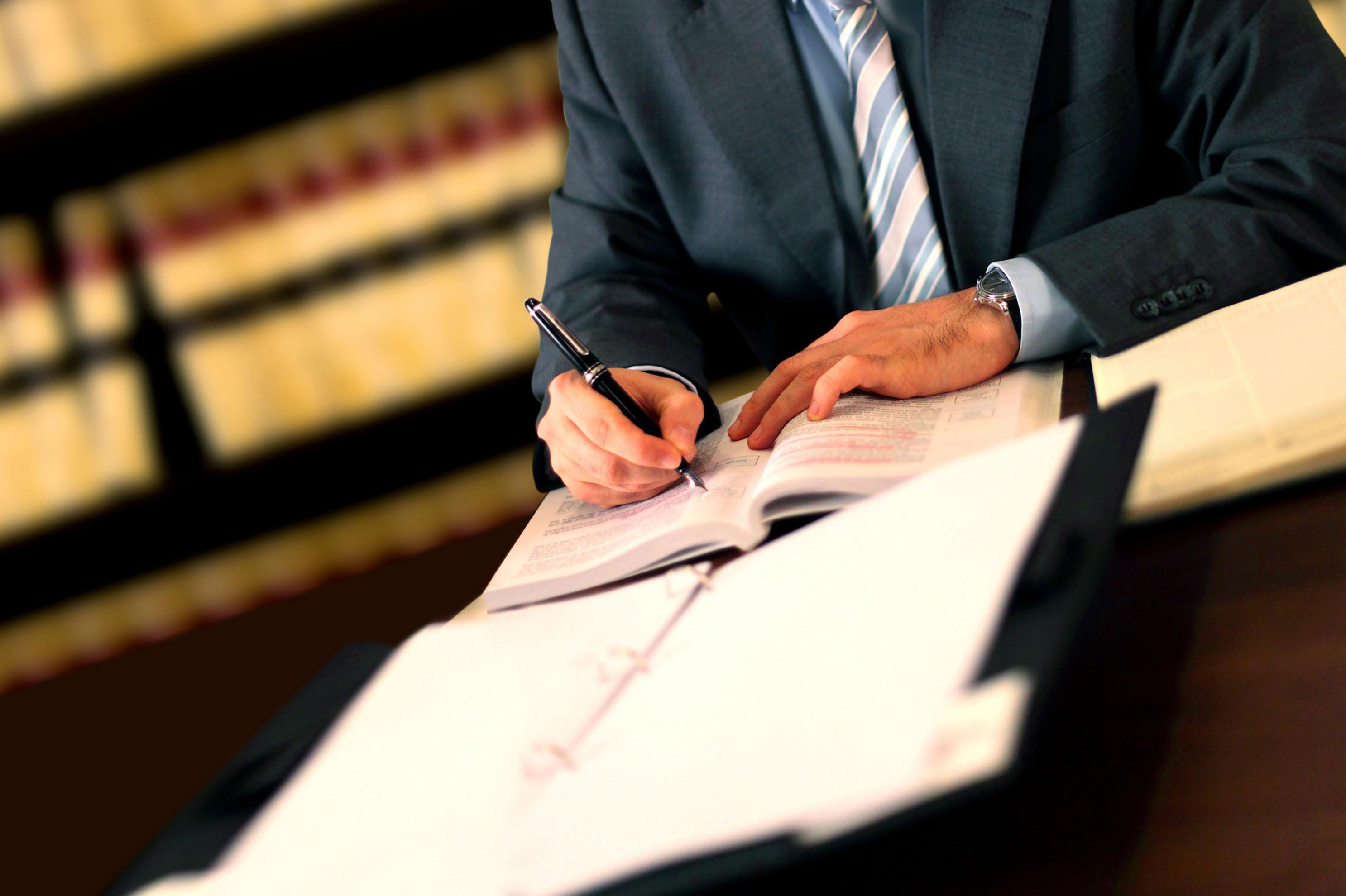 La sentencia que impide a los notarios proteger a los consumidores de hipotecas con cláusulas abusivas