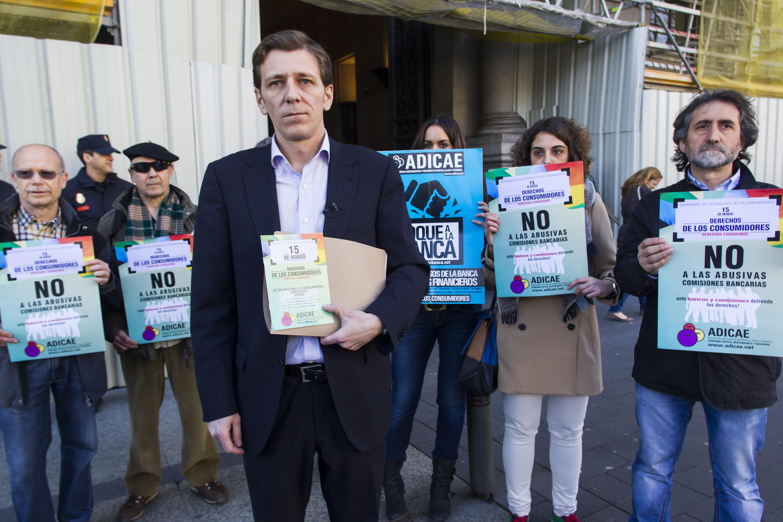Abusos bancos idealista news for Precio abogado clausula suelo