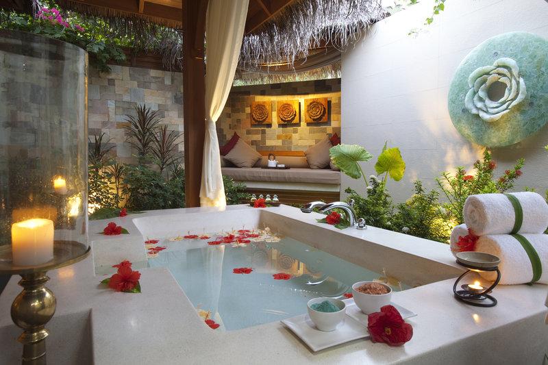 Un hotel en las maldivas para huir de la lluvia for Hoteles super lujo maldivas