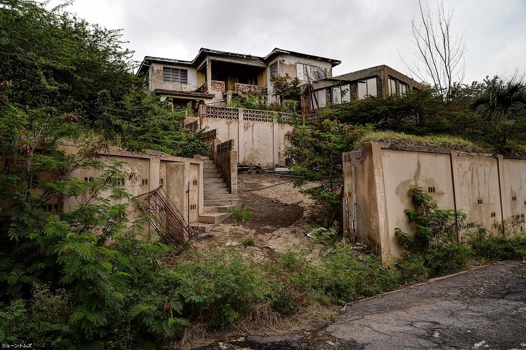 Los ricos también lloran: mansiones arrasadas por un volcán en la paradisiaca isla de Montserrat