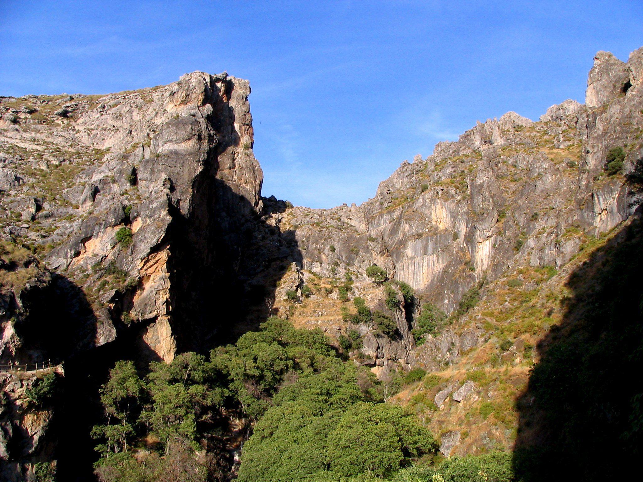 Ruta de los Cahorros en Monachil