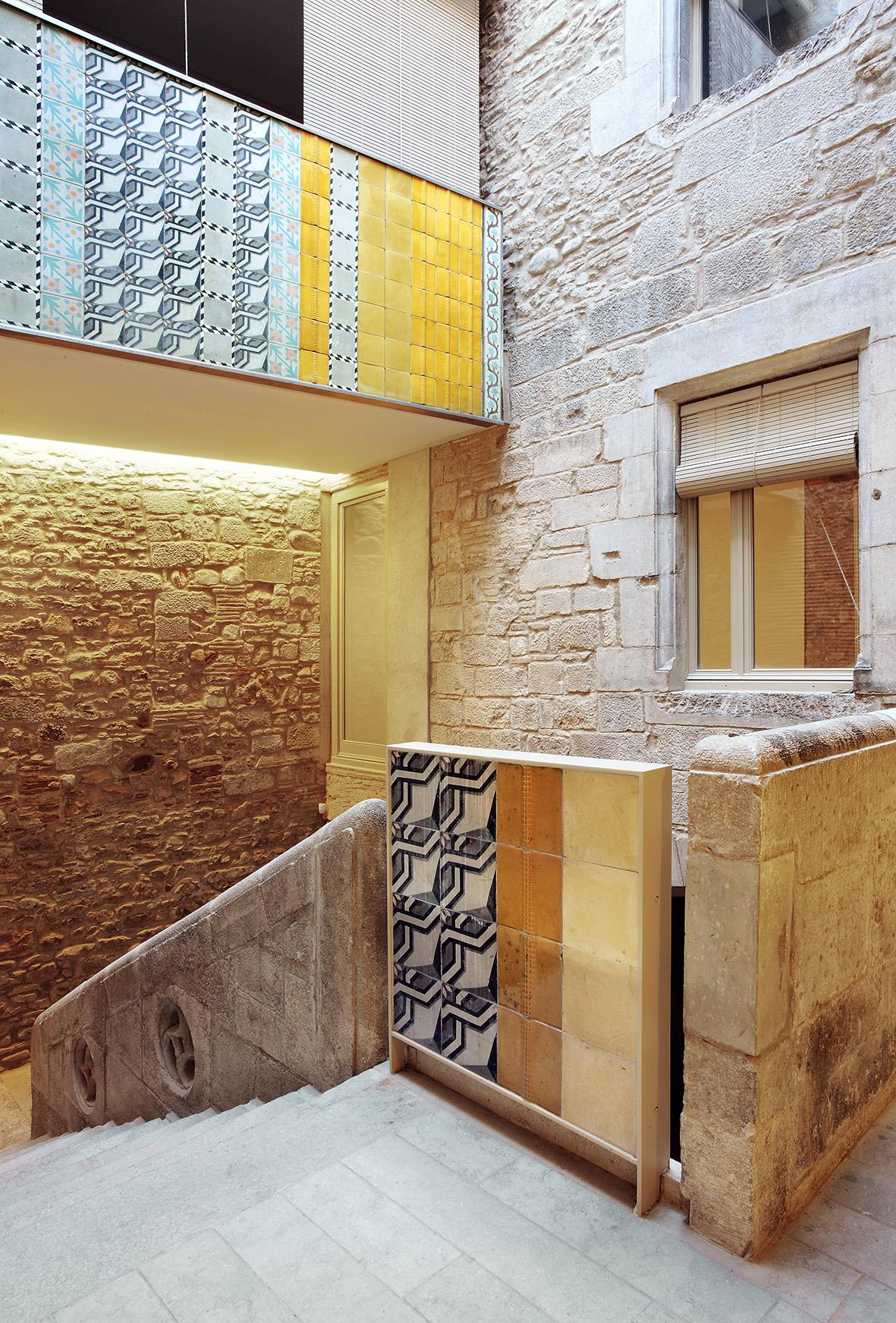 Arquitectura reinventada la respuesta de los arquitectos a la crisis idealista news - Casco antiguo de girona ...
