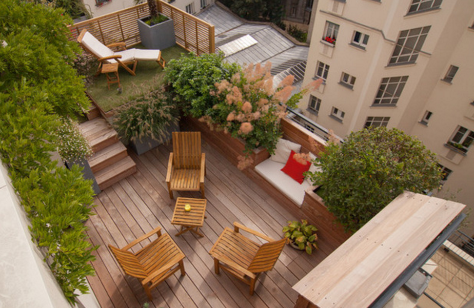 Ideas de decoraci n as se convierte una simple terraza for Decoracion con plantas para exteriores