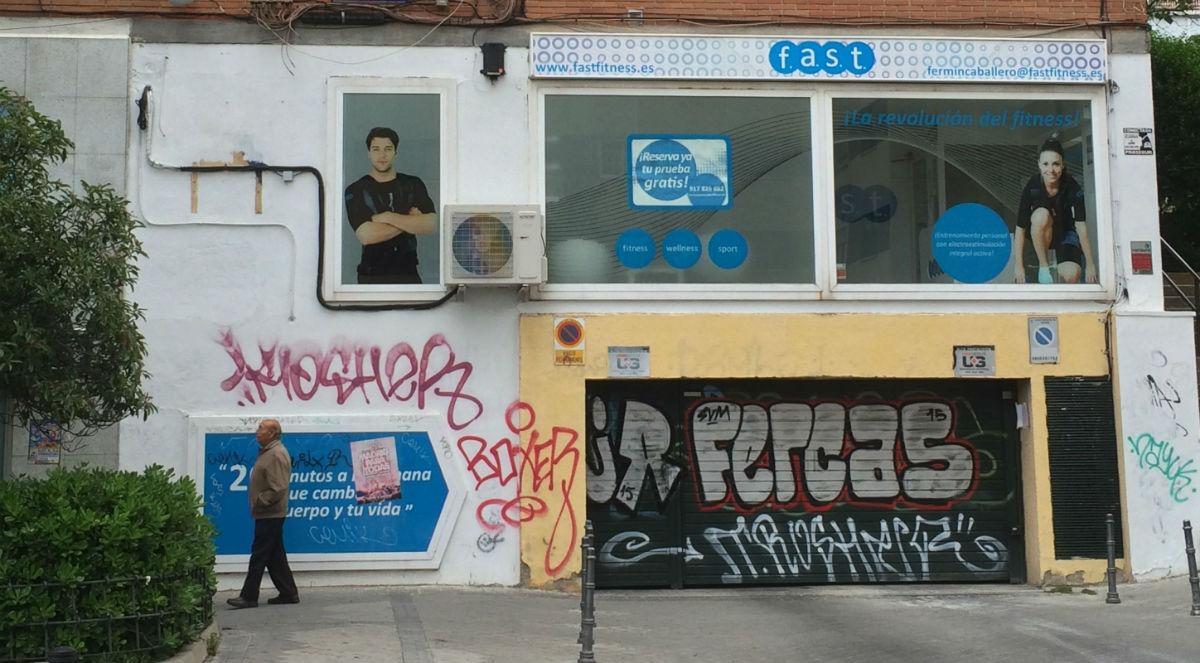 Grafitis c mo deval an los precios de los inmuebles y - Como limpiar grafitis ...