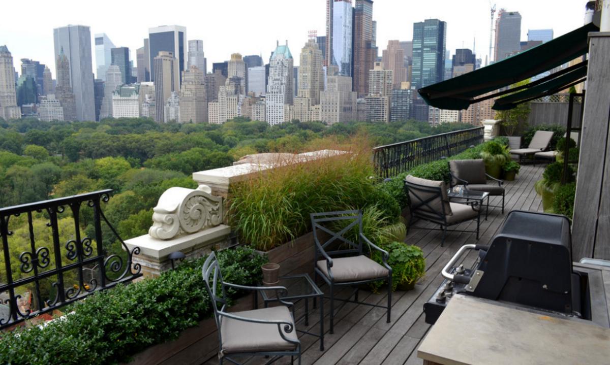 ideas de decoracin cmo una jardinera bien cuidada puede alegrar tu terraza este verano