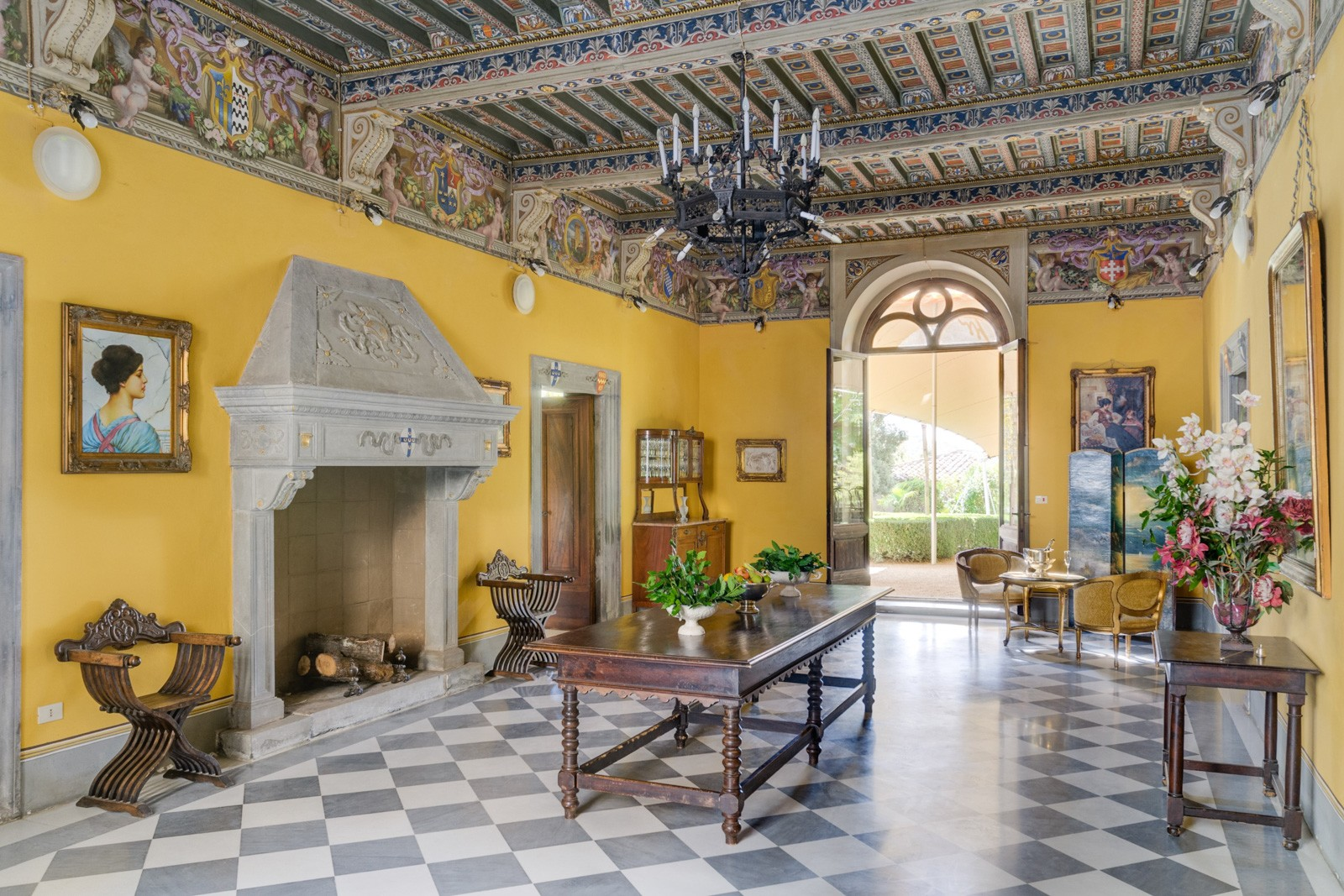 palacio en venta italia