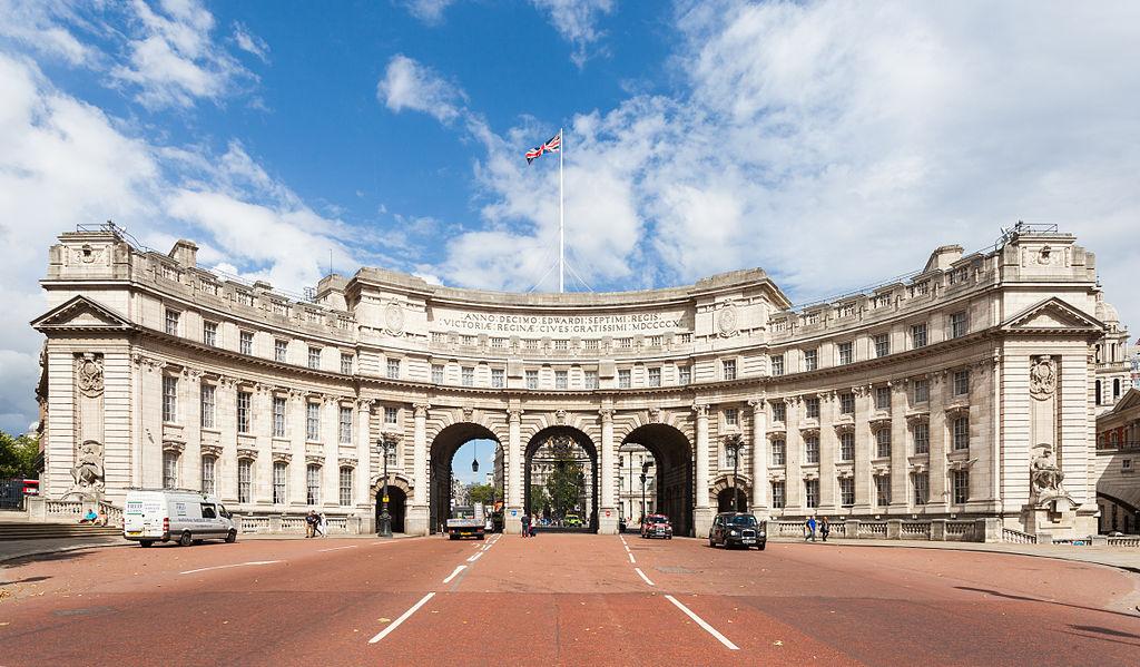 Un español saca a la venta la casa más cara de Londres por 178 millones de euros
