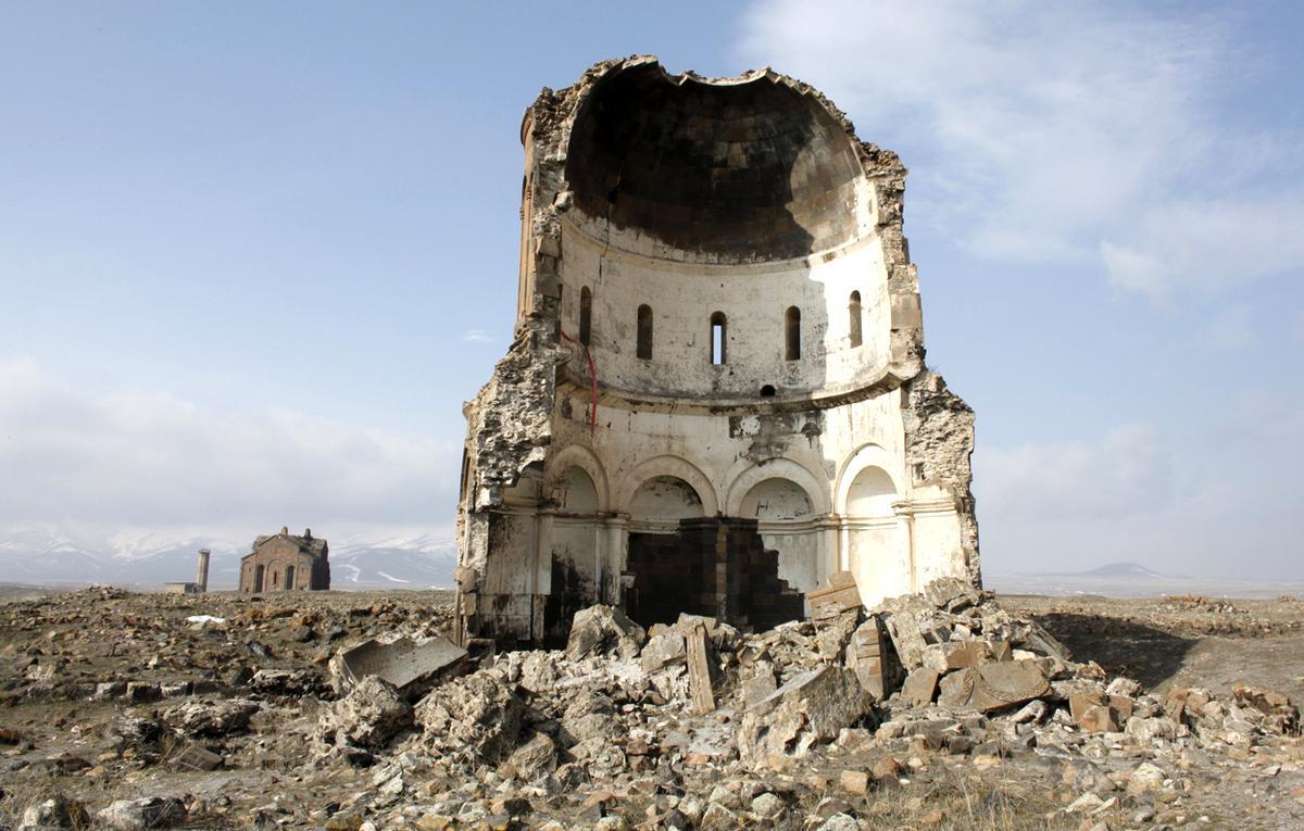 Ani, la ciudad fantasma de las mil y una iglesias