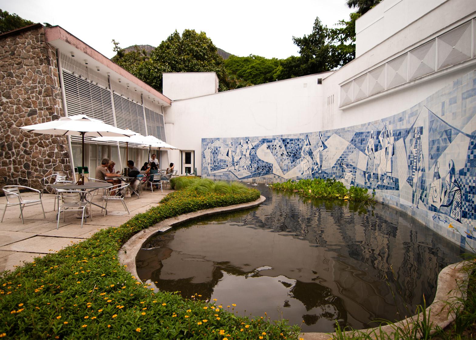 Instituto Moreira Salles by Olavo Redig de Campos, 1951