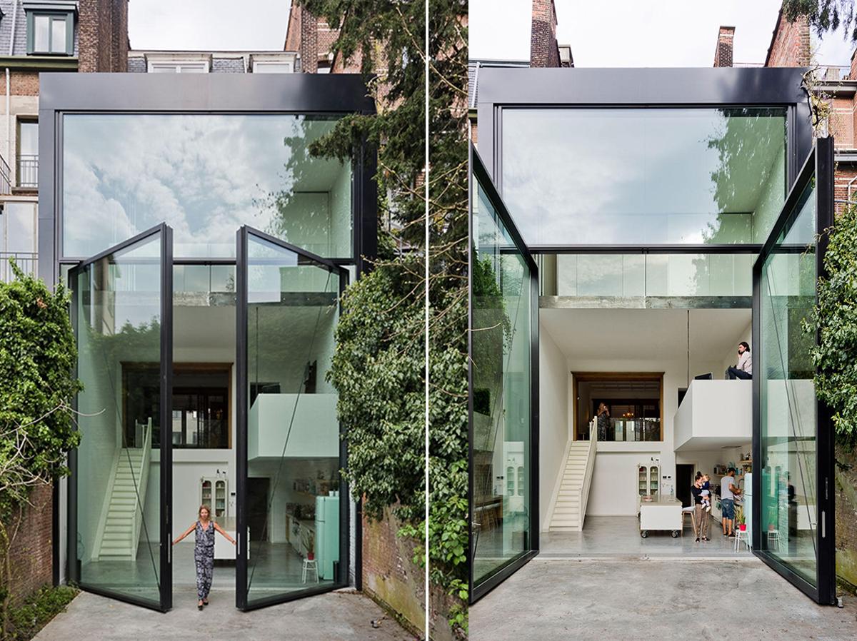 La casa con puertas de cristal más grandes del mundo: 6 metros de alto y 4 toneladas de peso