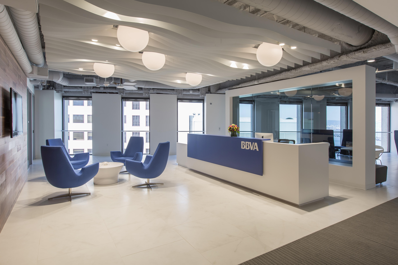 As es la sede 39 estilo google 39 que ha abierto bbva en for Oficinas bbva mallorca