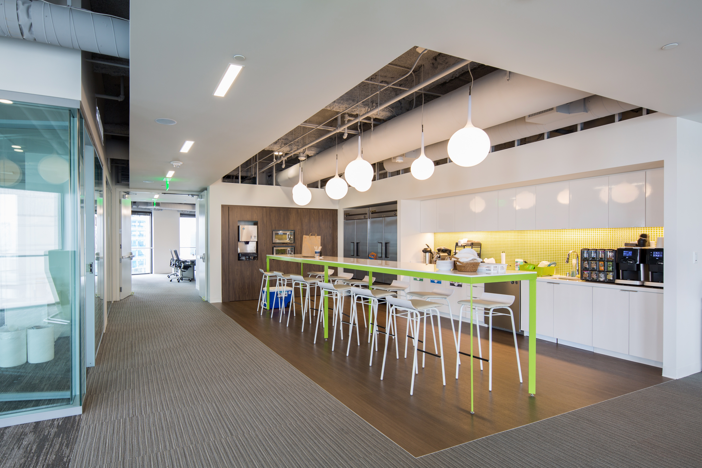 as es la sede 39 estilo google 39 que ha abierto bbva en
