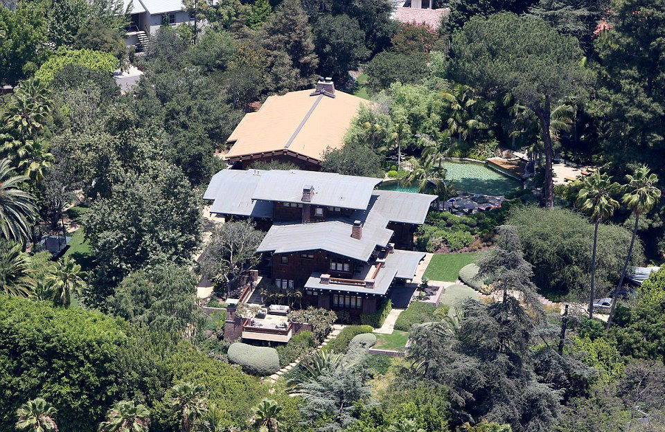 Mansión en las colinas de Hollywood (Los Ángeles, EEUU) – 10,5 millones de euros