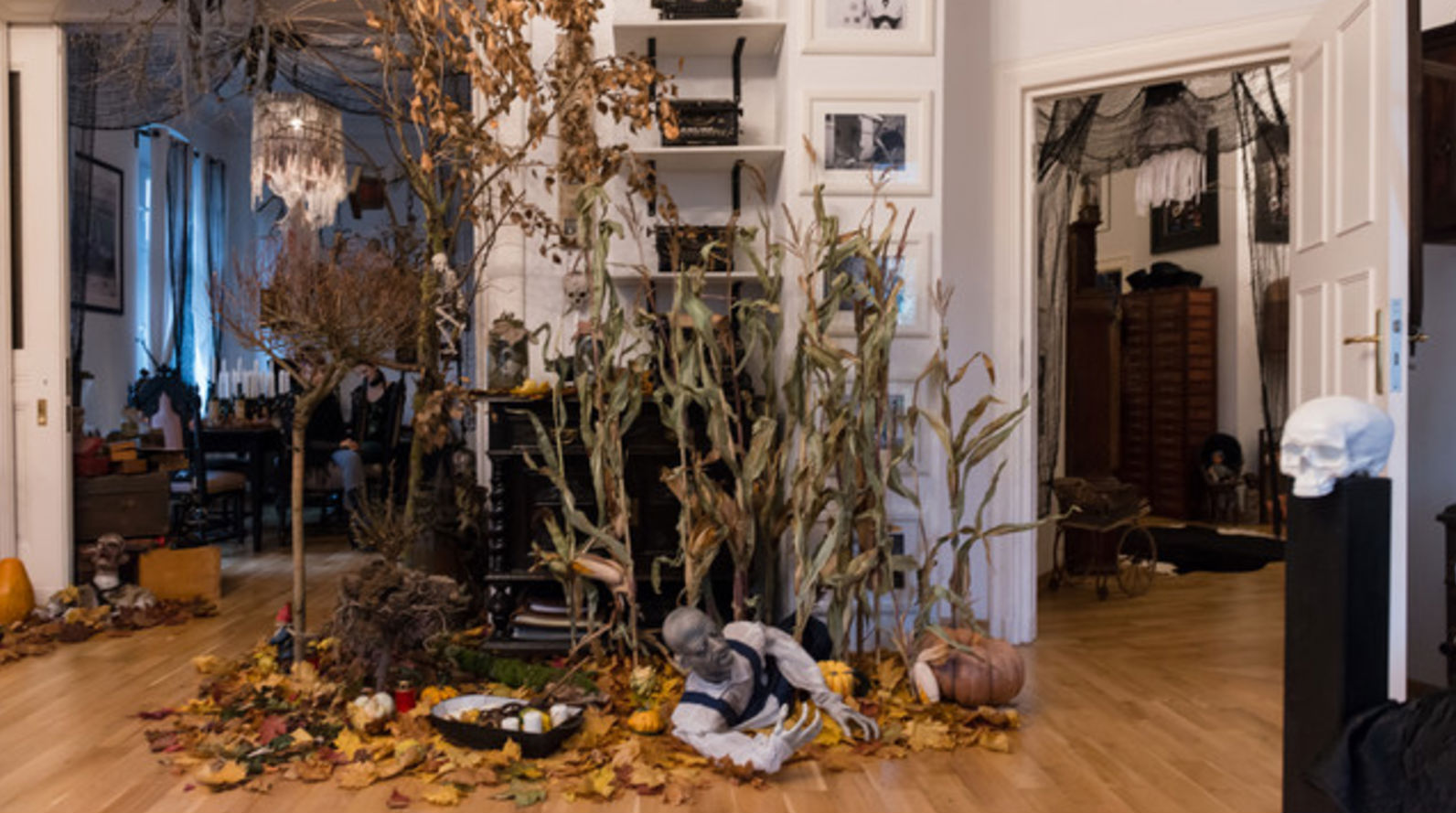 Cuando la decoraci n de halloween se te va de las manos 1 for Decorar piso halloween