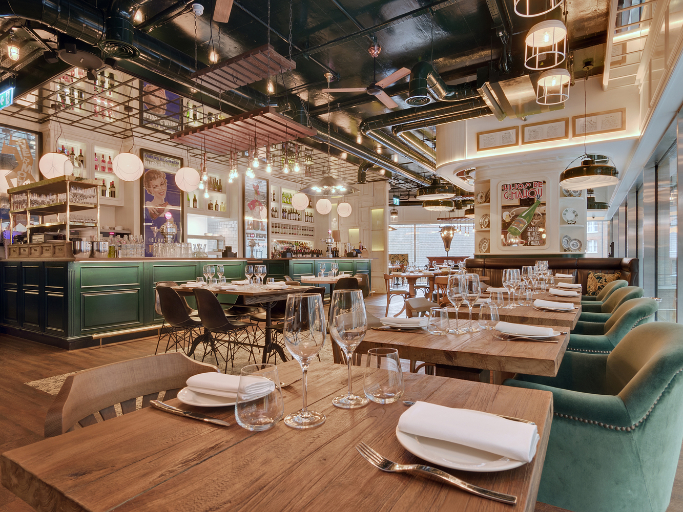 Mejor Restaurante de Londres: Iberica (Victoria, Londres, RU) / Lazaro Rosa Violan Studio