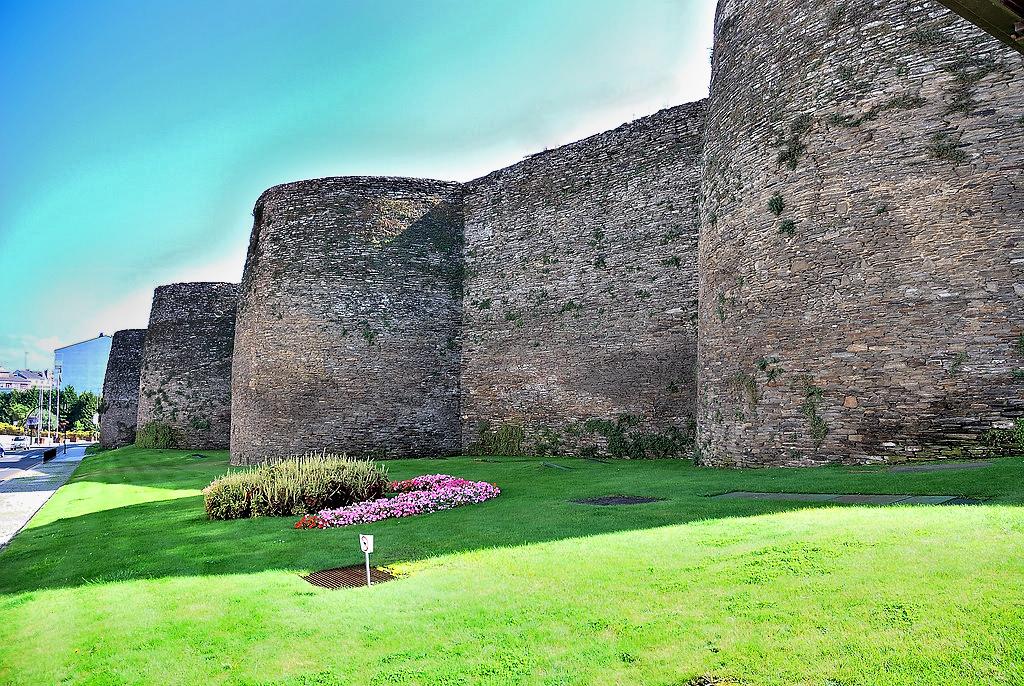Muralla de Lugo / Wikimedia commons