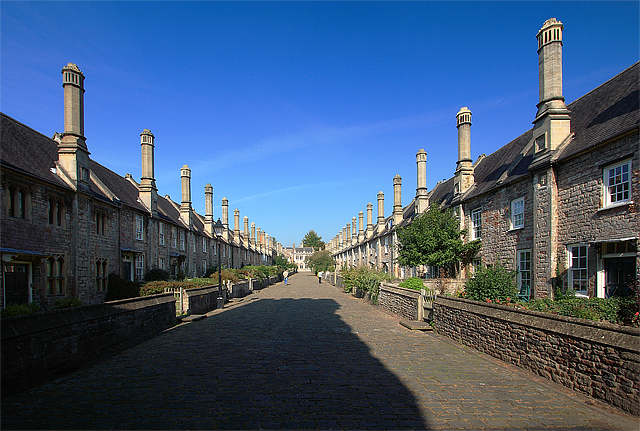 Vicars' Close, Wells, Somerset (UK). geograph.org.uk / geograph.org.uk