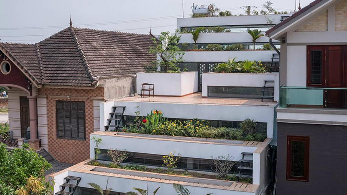 la espectacular casa con nueve terrazas en forma de escalera y un