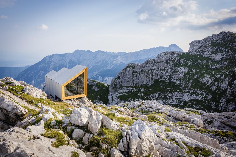 Casas en miniatura en lugares extremos