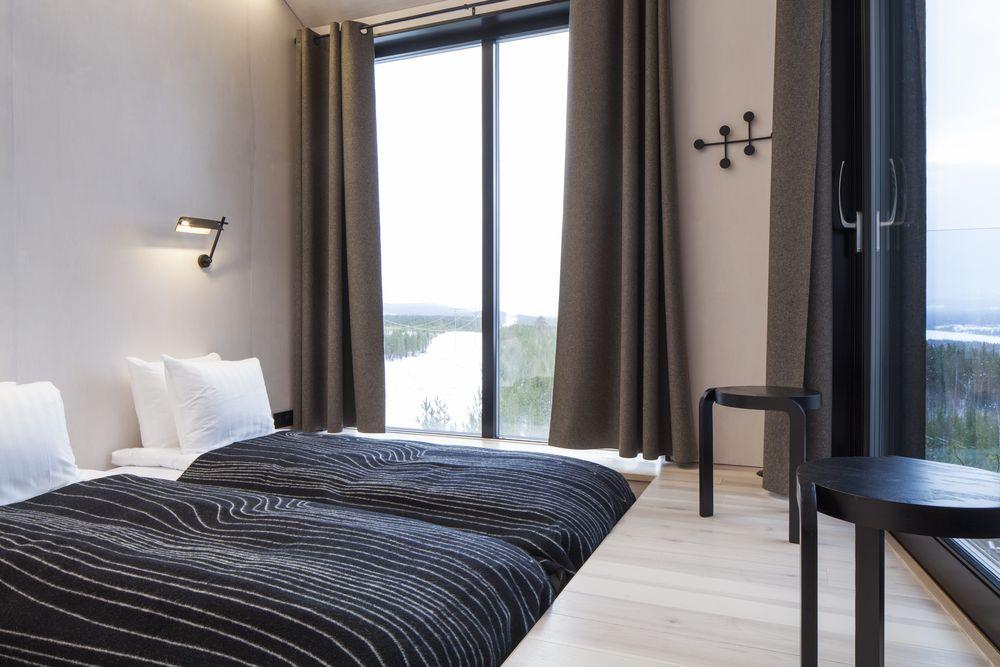 hoteles con encanto un hotel entre las copas de los rboles para ver auroras boreales