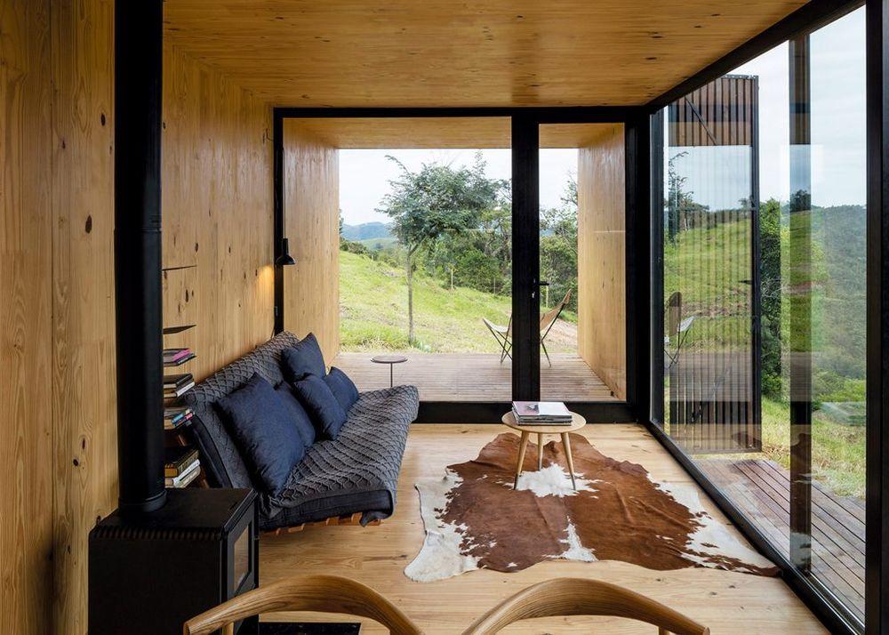 Siete casas prefabricadas que te dejar n con la boca for Idealista puertas verdes