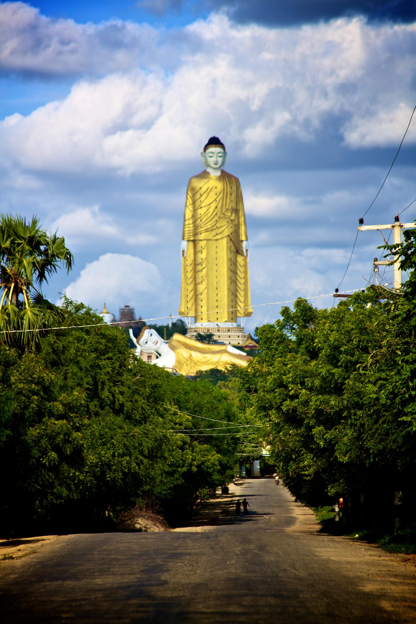 Laykyun Sekkya (116 metros), en Monywa (Myanmar)