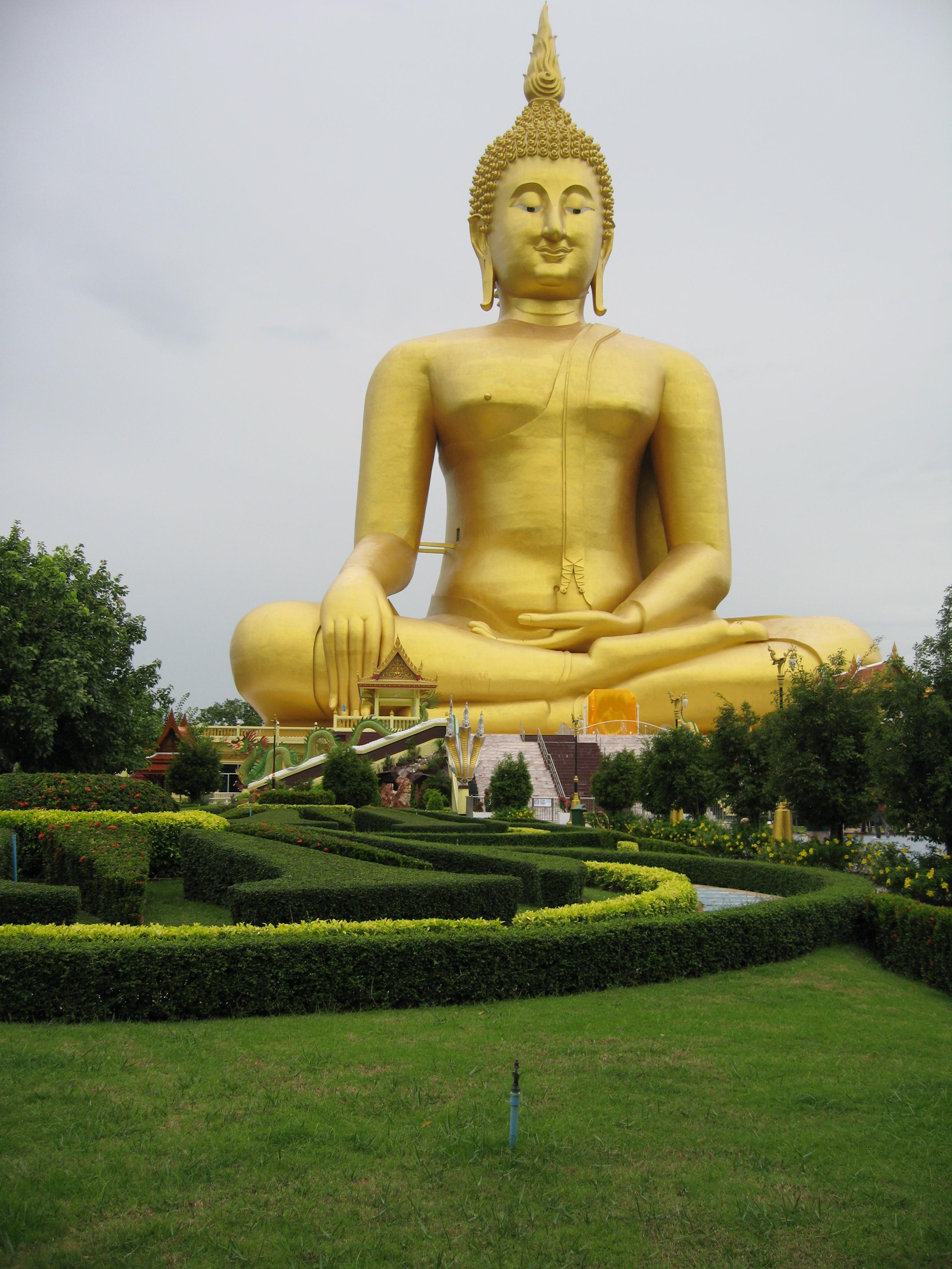 Gran Buda (92 metros), en Ang Thong (Tailandia)