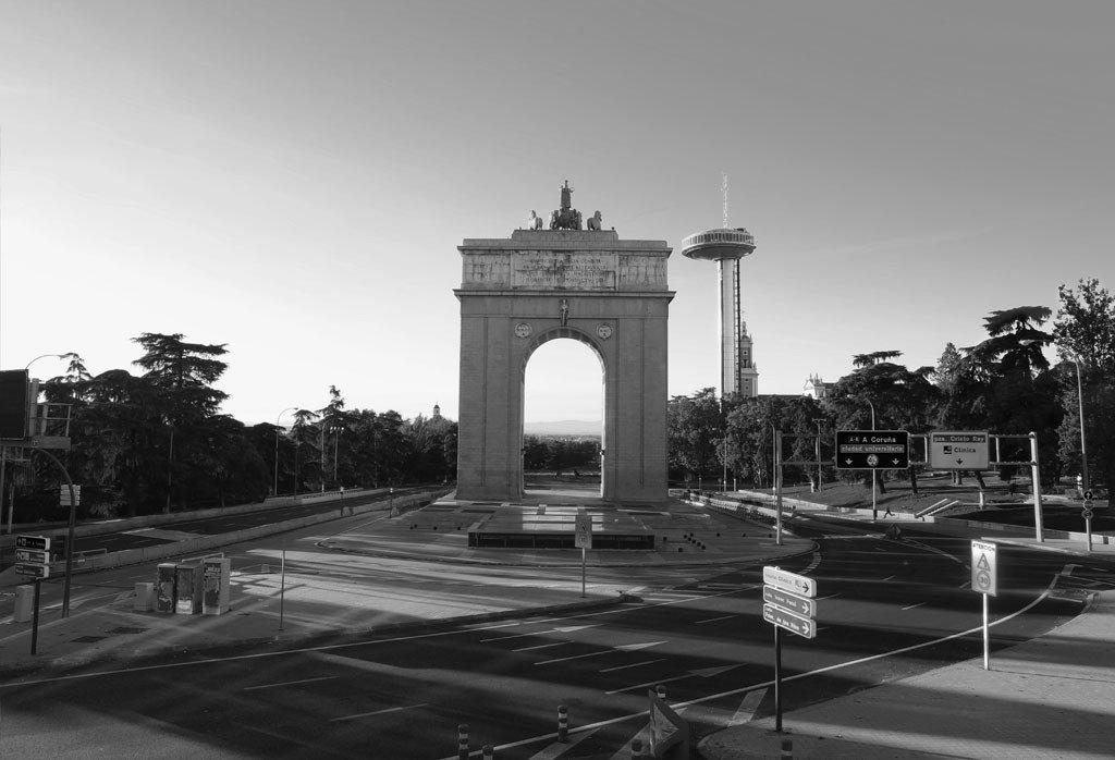 Arco de Moncloa