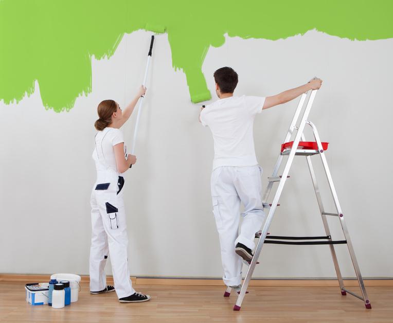 'El grifo gotea otra vez' o 'hay que pintar la pared'
