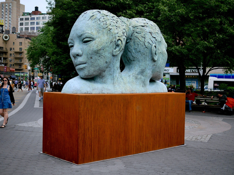 MORPHOUS, de Lionel Smit, en Union Square Park