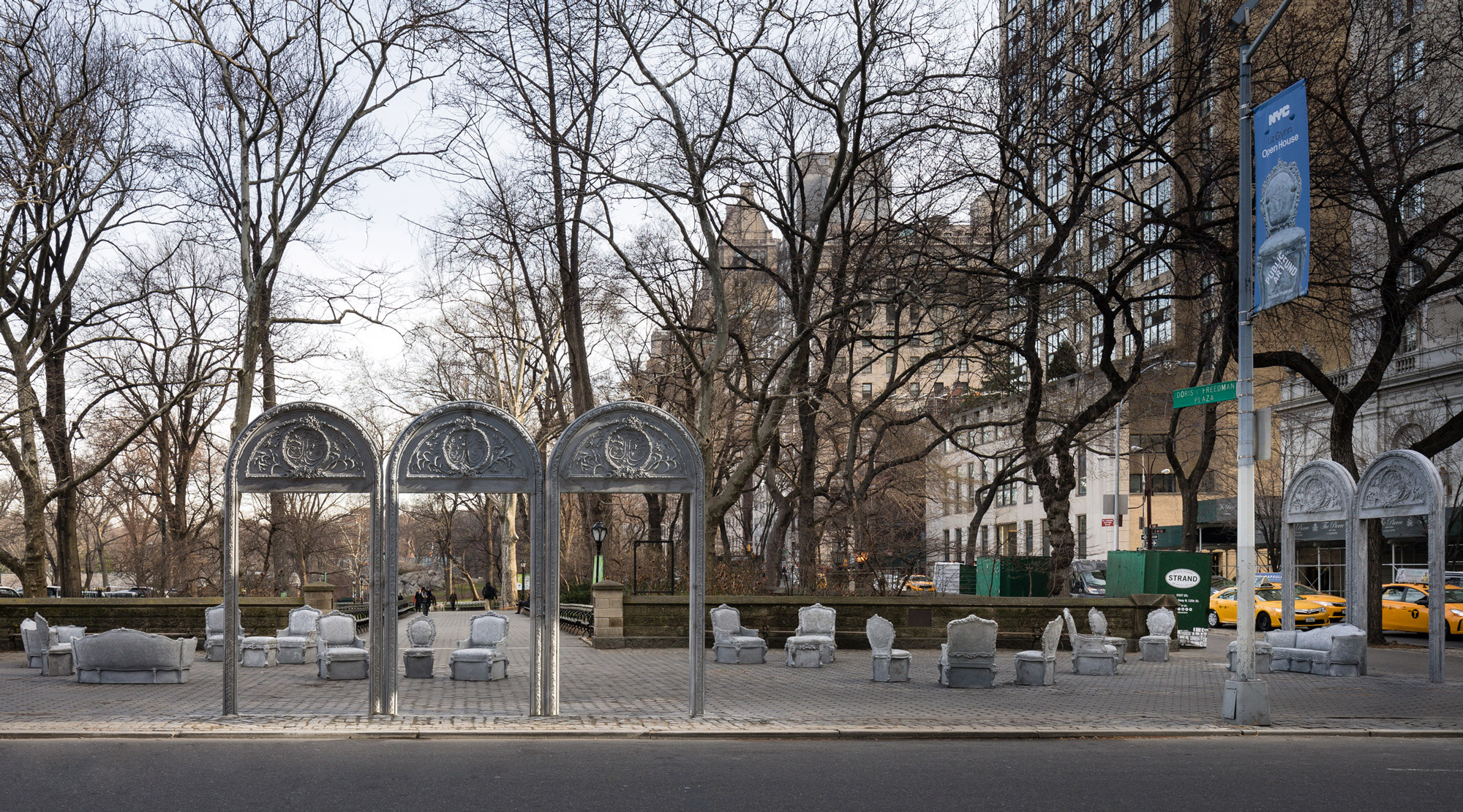 Open House, de Liz Glynn, en Doris C. Freedman Plaza de Central Park / Paula Cooper Gallery/James Ewing