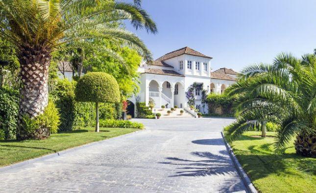 casa manzana en sotogrande a la venta por millones de euros savills