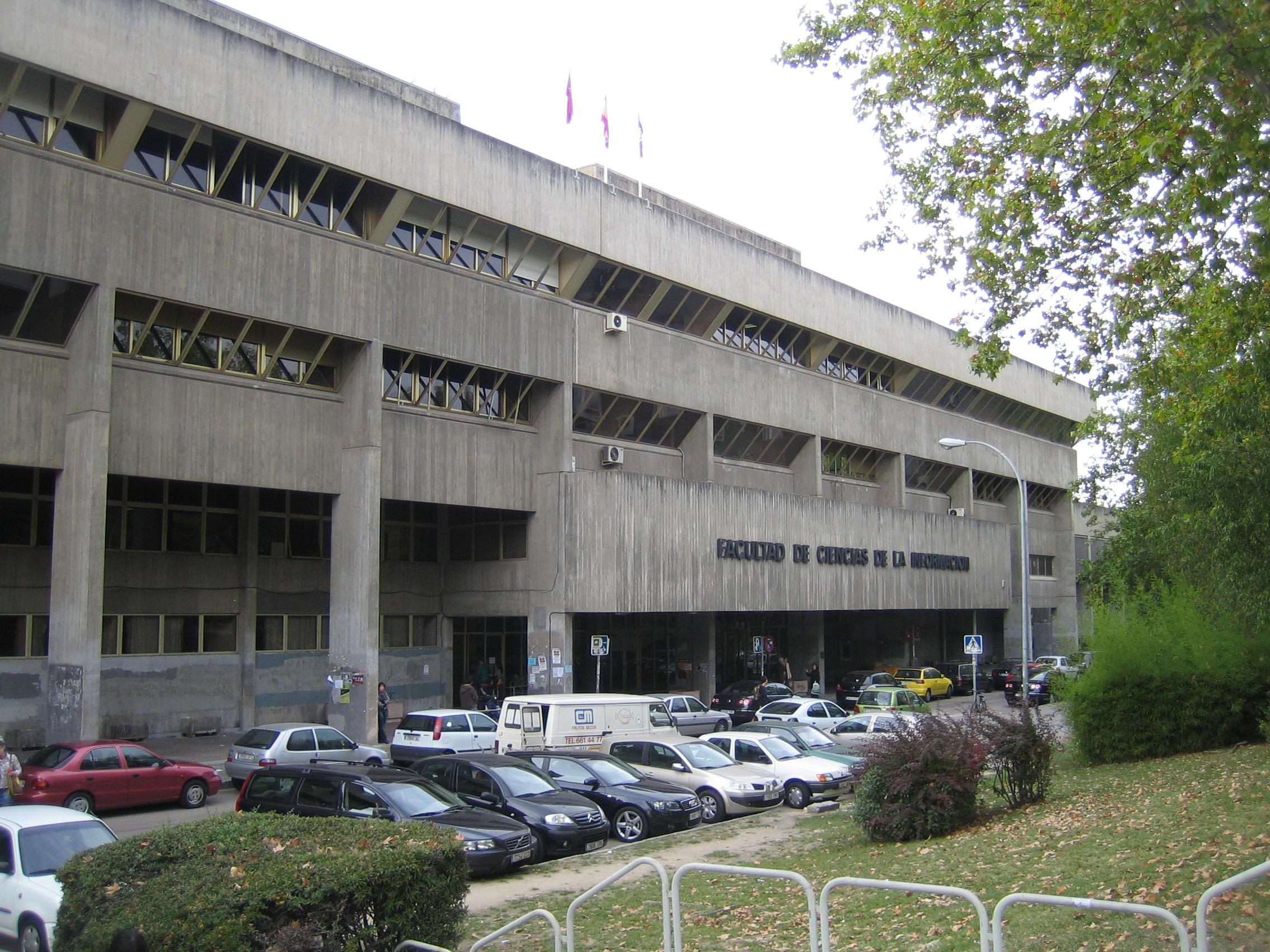 4. Facultad de Ciencias de la Información