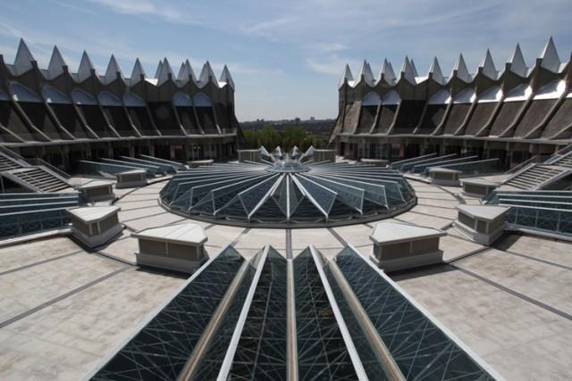 5. 'Corona de espinas', edificio del Instituto del Patrimonio Cultural (IPCE)