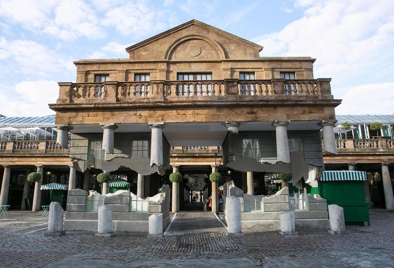 Las columnas flotantes de Covent Garden