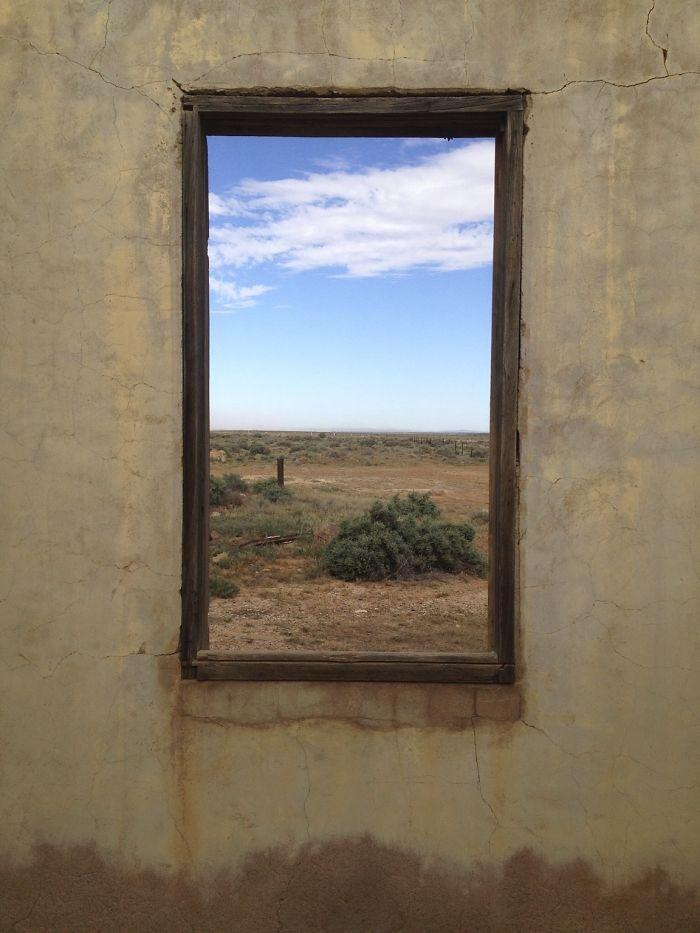 Paisajes pintados en una ventana (versión 1)