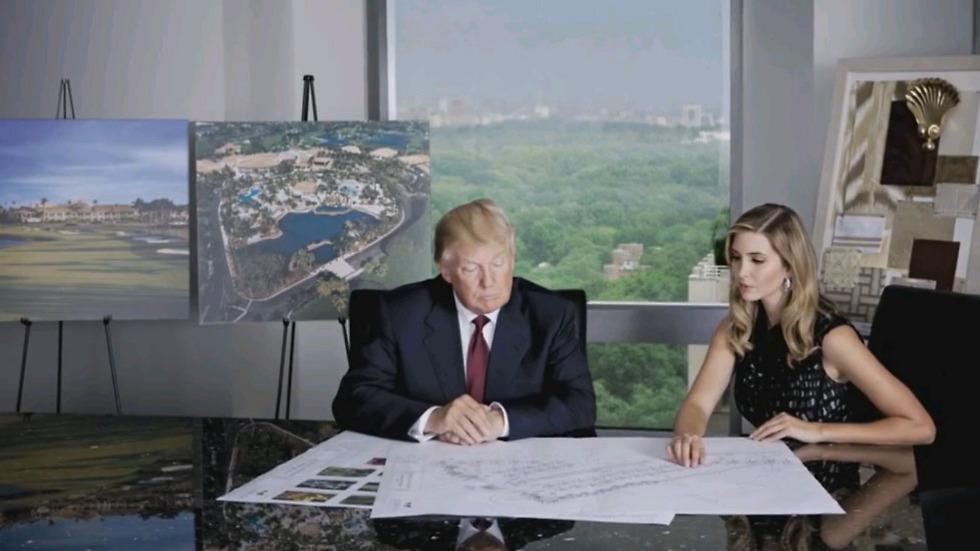 Trump con su hija Ivanka en la Trump Tower / Trump Hotels