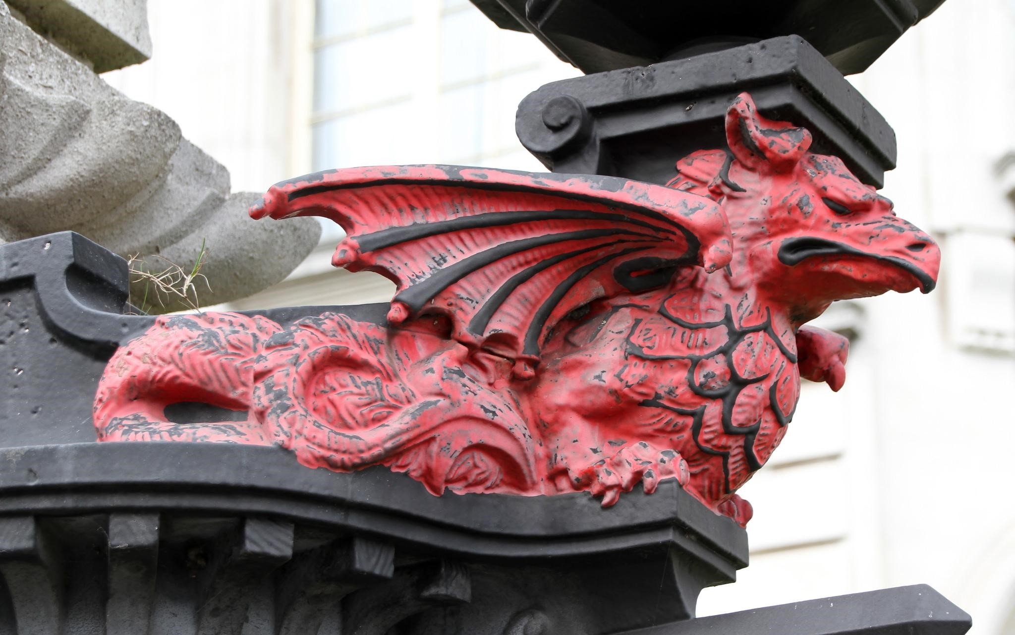 Foto: Dragón Rojo en Cardiff | Tony Hisgett