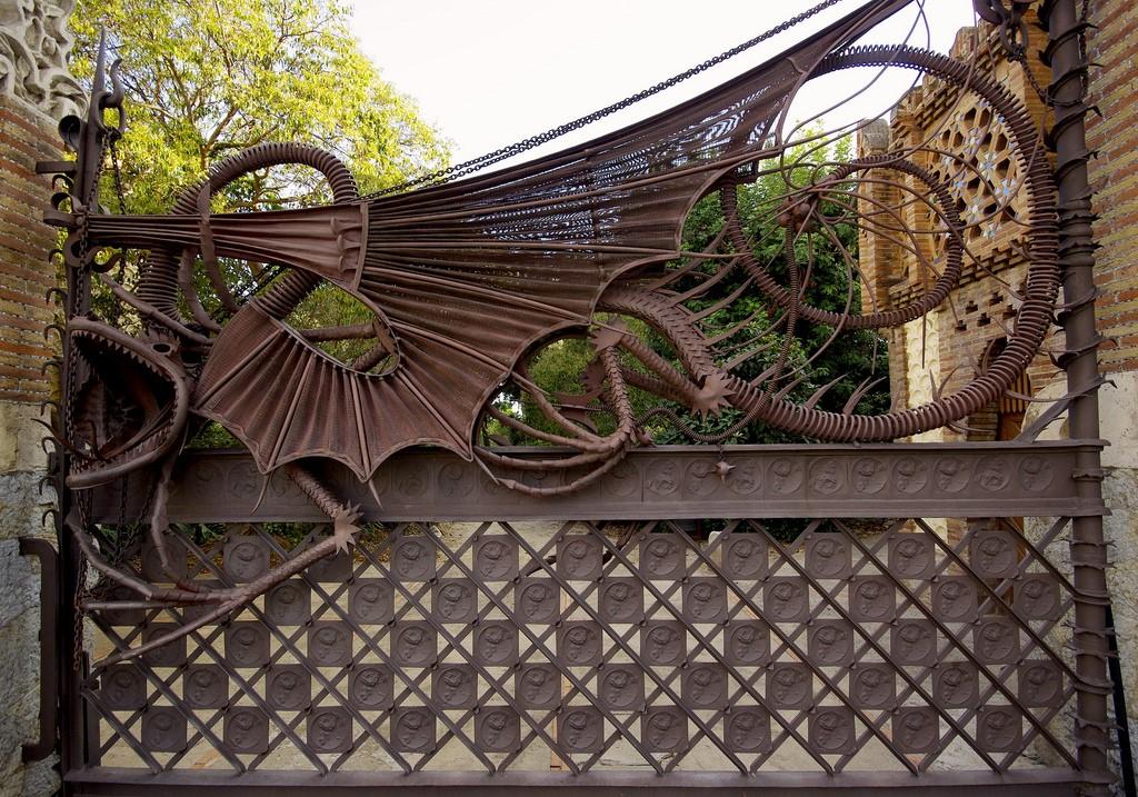Pabellones de la Finca Güell | SBA73