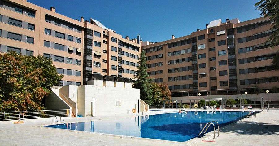 Pisos con terraza en las principales ciudades espa olas idealista news - Alquiler de pisos en madrid baratos ...