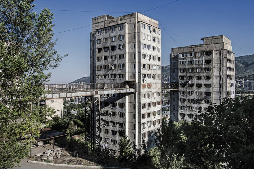 Housing complex by Kalandarishvili and Potskhishvili (1976) in Tbilisi