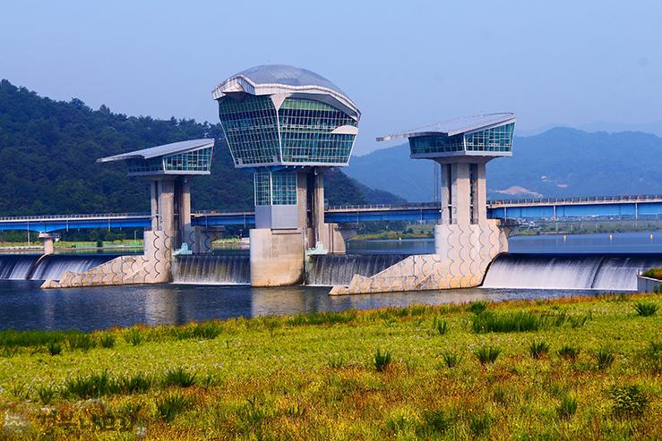 Proyecto de los Grandes Ríos en Corea del Sur. 15.000 millones de euros
