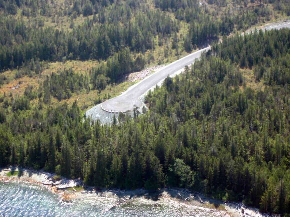 Puente a ninguna parte en Alaska (EEUU). 250 millones de euros