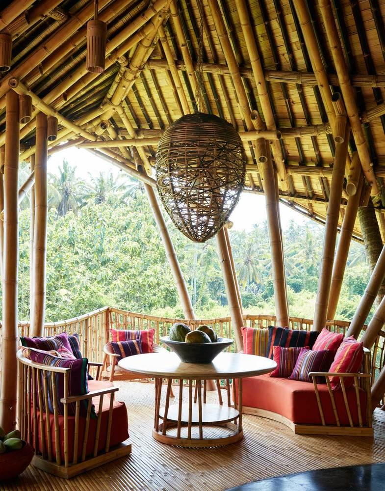 Cada casa árbol cuenta con salón, comedor y cocina