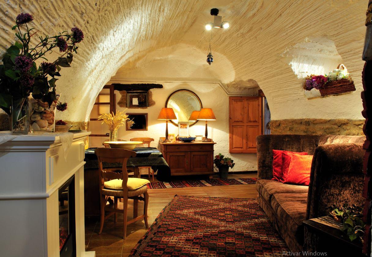 La casa está envuelta de un ambiente tranquilo y relajado