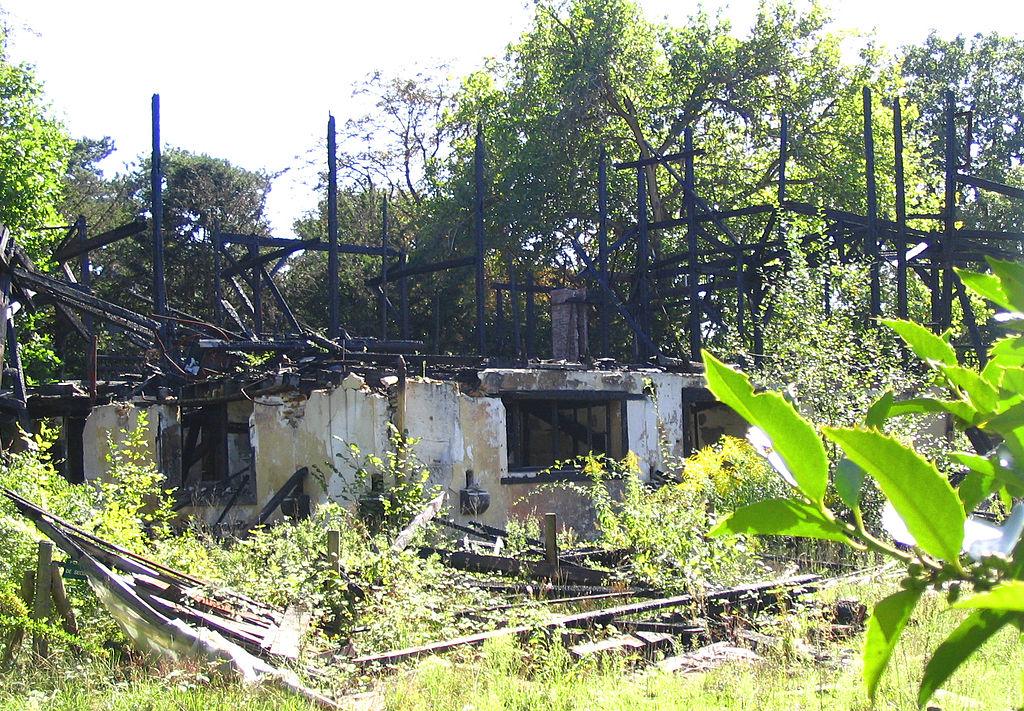 El pabellón del Congo en ruinas