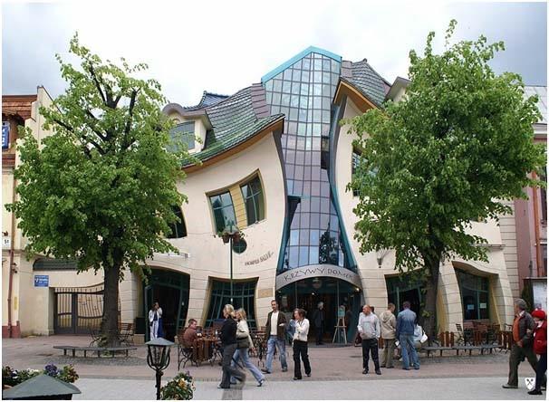 El edificio curvado de Polonia