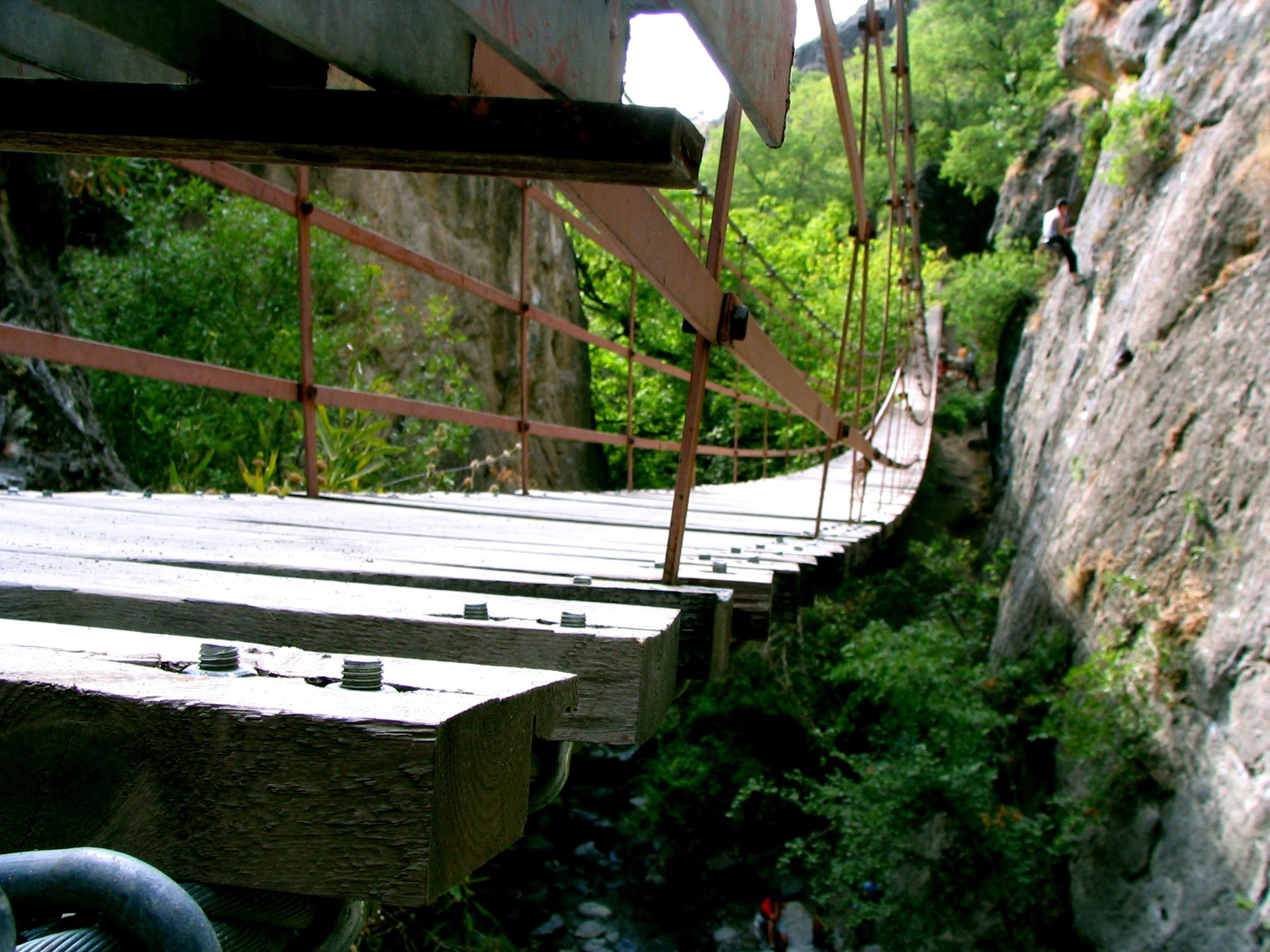 Puente de Cahorros en Monachil